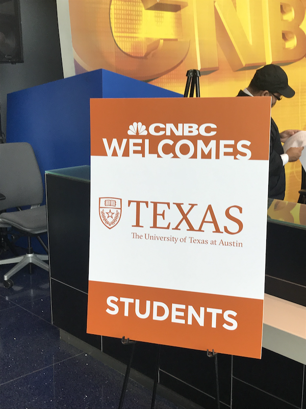 CNBC welcome students sign